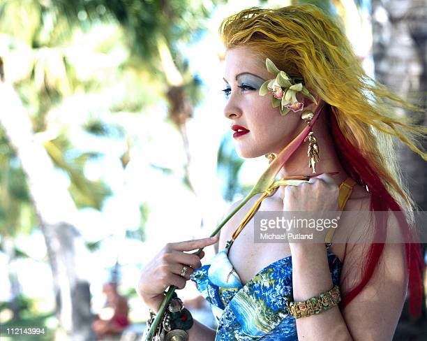 Cyndi Lauper portrait Hawaii October 1986