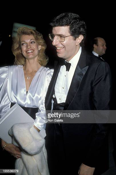 Cyndy Garvey and musician Marvin Hamlisch attend Gala Celebrating 100 Years of Performing Arts on May 13 1984 at the Metropolitan Opera House in New...