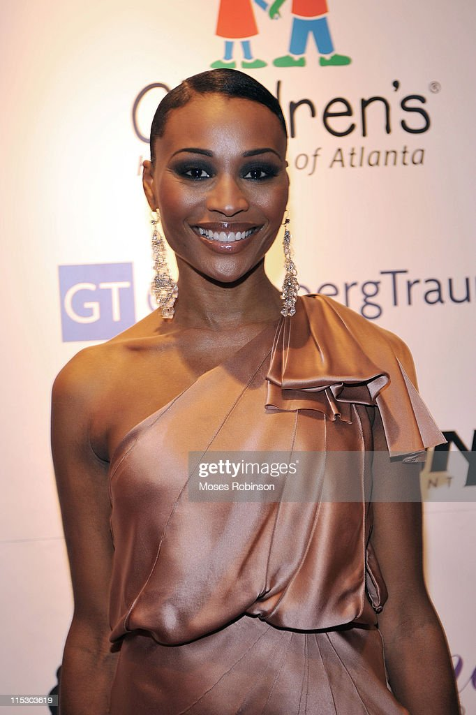 Cynthia Bailey attends Devyne Stephens' 2009 annual Christmas gala at the Atlanta History Center on December 22, 2009 in Atlanta, Georgia.