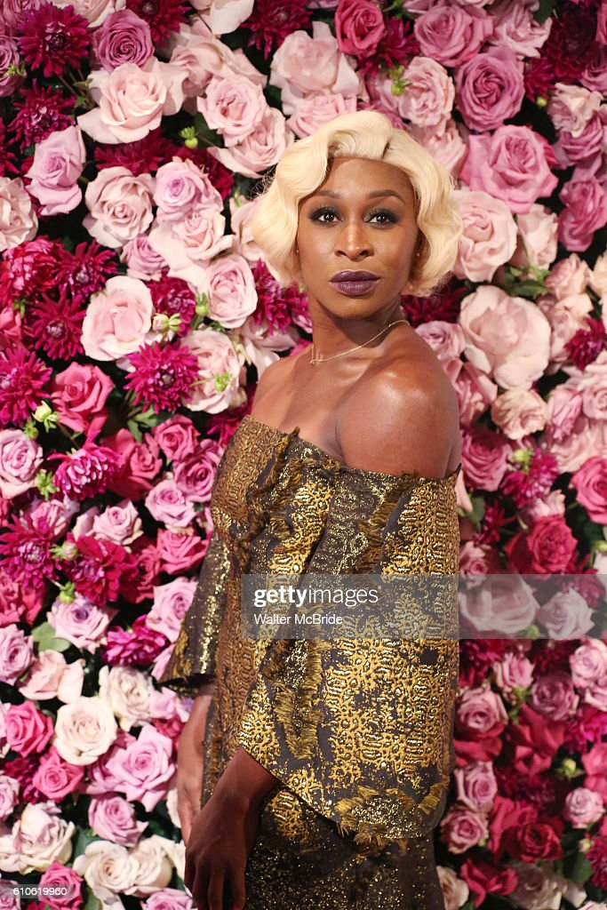2016 American Theatre Wing Gala Honoring Cicely Tyson : News Photo