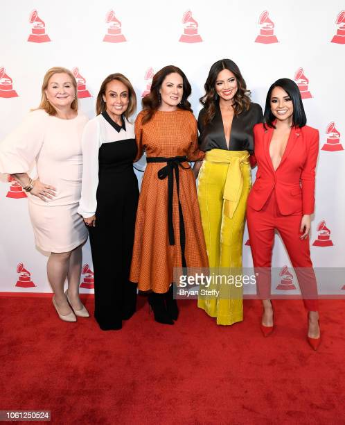 Cynthia Hudson Delia Orjuela Gloria Calzada Pamela Silva Conde and Rebbeca Marie Gomez attend the Leading Ladies of Entertainment Luncheon during the...