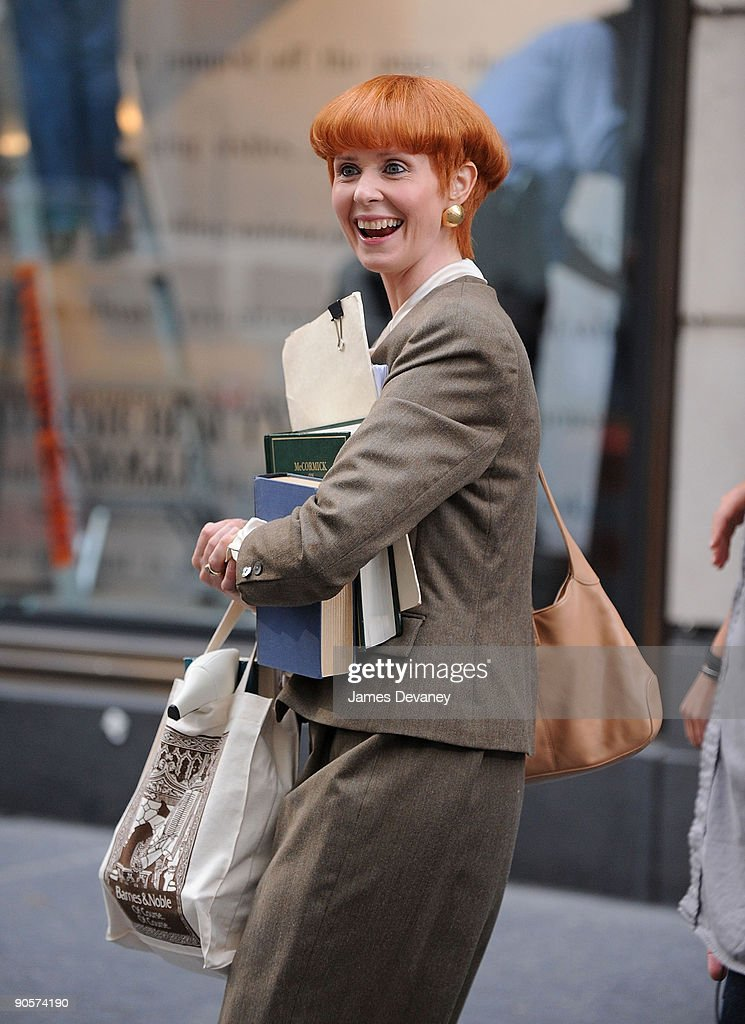 Cynthia Nixon filming on location for 'Sex And The City 2' on the Streets of Manhattan on September 9, 2009 in New York City.