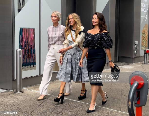 """Cynthia Nixon, Sarah Jessica Parker and Kristin Davis are seen on the set of """"And Just Like that"""" on July 09, 2021 in New York City."""