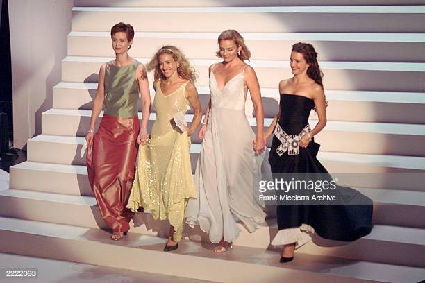 Cynthia Nixon Sarah Jessica Parker Kim Cattrall and Kristin Davis of 'Sex in the City' at the 1999 Emmy Awards held in Los Angeles CA 9/13/99 Photo...