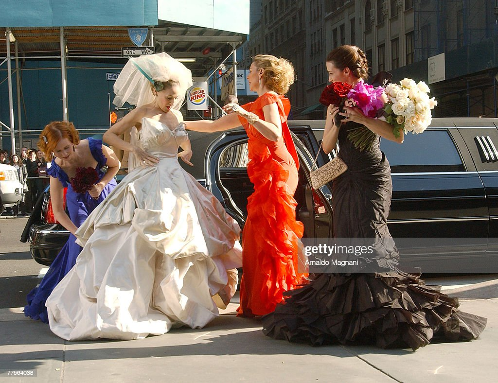 Cynthia Nixon, Sarah Jessica Parker, Kim Cattrall and Kristin Davis stand during the filming of the 'Sex and the City' movie October 30, 2007 in New York City.