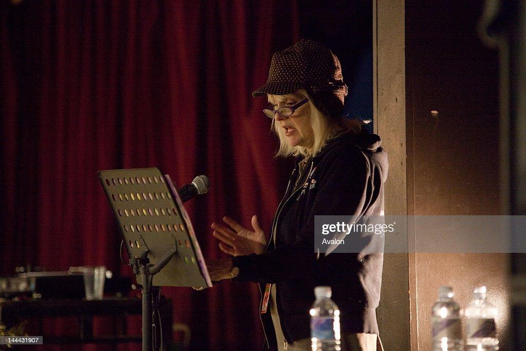 Cynthia Plaster Caster - Live at Bowlie 2 : Nachrichtenfoto