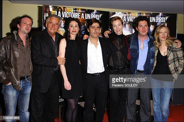 Cyril Couton Alain Doutey Isabelle Le Nouvel Yvan Attal Stefania Rocca Guillaume Gallienne and Sophie Broustal at 'Le Candidat' premiere in Paris...