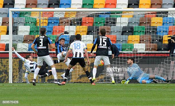 Cyril Thereau of Udinese Calcio scores his opening goal during the Serie A match between Udinese Calcio v Atalanta BC at Stadio Friuli on January 6...