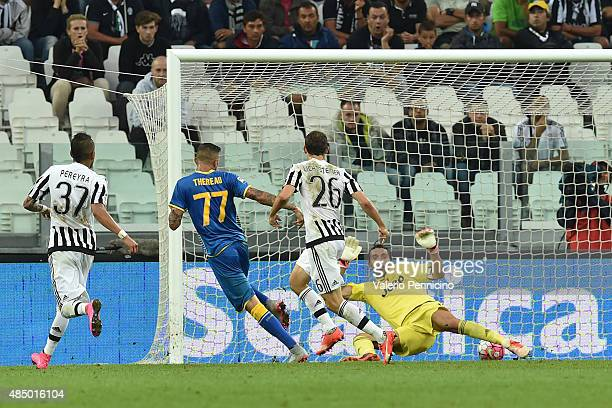 Cyril Thereau of Udinese Calcio scores the opening goal during the Serie A match between Juventus FC and Udinese Calcio at Juventus Arena on August...