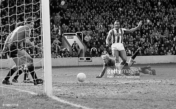 Cyrille Regis scores West Bromwich Albion's 2nd goal against Manchester United during the Division One match at The Hawthorns in West Bromwich on the...