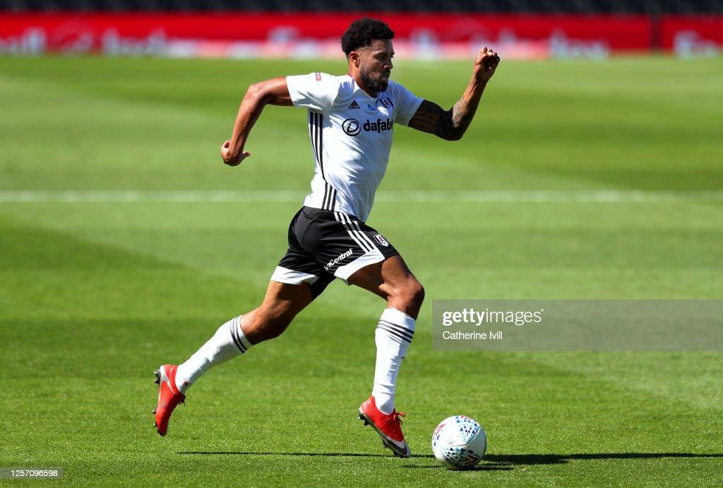 Fulham v Sheffield Wednesday - Sky Bet Championship : News Photo