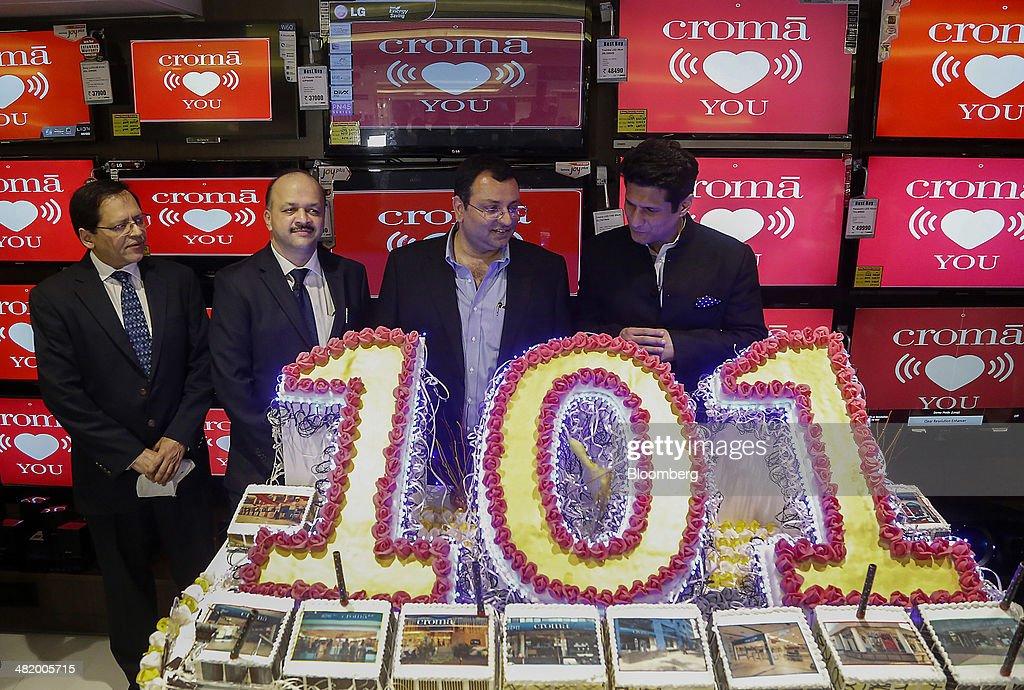 Tata Sons Chairman Cyrus Mistry And Infiniti Retail CEO Ajit Joshi Open Croma's 101st Electronics Store