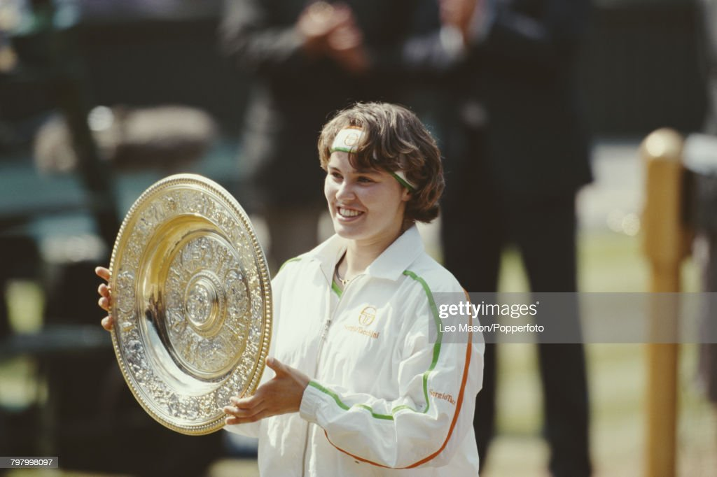 Martina Hingis Wins 1997 Wimbledon Championships : News Photo