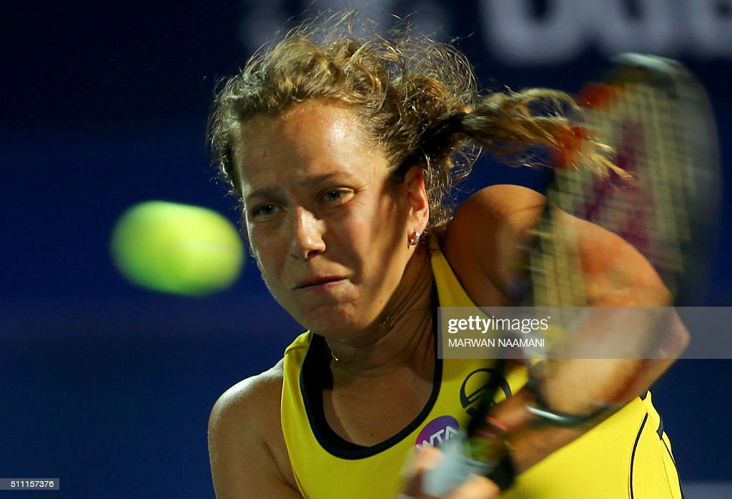 Czech player Barbora Strycova returns the ball to Serbia's Ana Ivanovic during their quarter-final WTA game as part of the Dubai Duty Free Tennis Championships, on February 18, 2016. / AFP / MARWAN