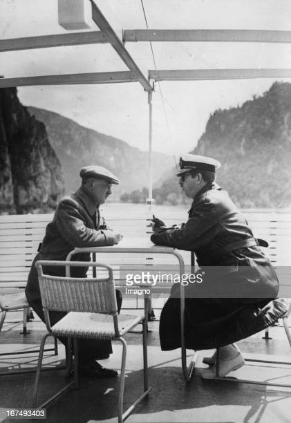 Czech President Edvard Bene in discussion with the Romanian King Carol II on a Danube ship 1936 Photograph Der tschechische Staatspräsident Edvard...