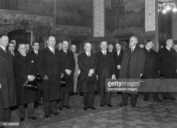 Czech President Edvard Benes upon his departure to Bucharest at the Wilson Station / Prague 1936 Photograph Der tschechische Staatspräsident Edvard...