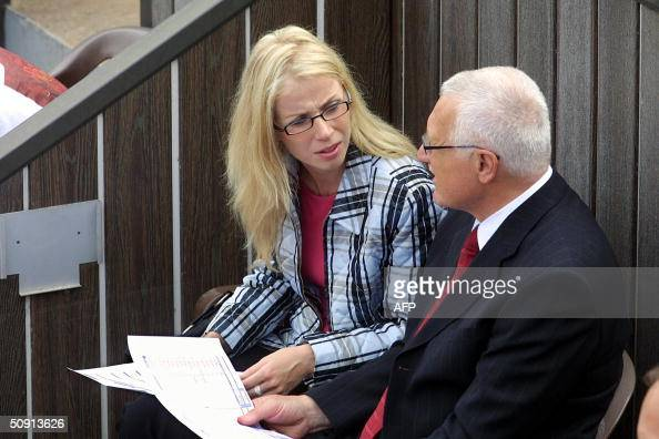 Vaclav Klaus Mladsi News: OUT== Czech President Vaclav Klaus Speaks With His Ex