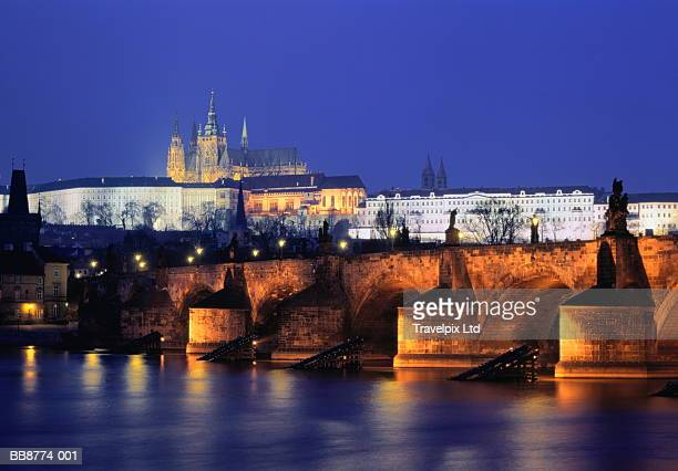 Czech Republic, Prague, Charles Bridge and Prague Castle, dawn