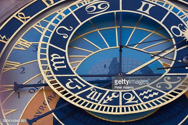 czech republic, prague, old town hall, astronomical clock, close-up - ローカルな名所 ストックフォトと画像