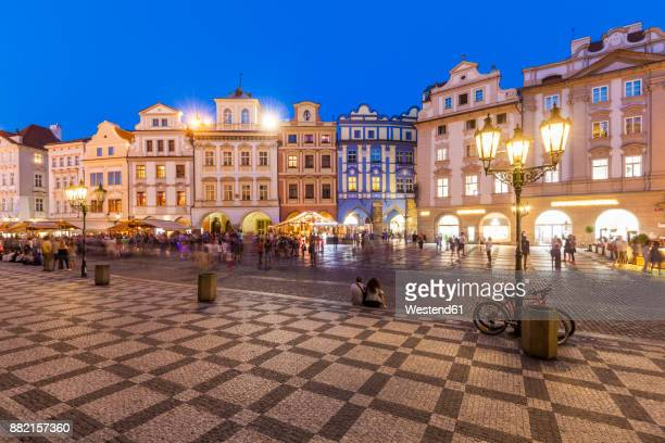 czech republic, prague, restaurants and shops at old town square at night - czech republic imagens e fotografias de stock