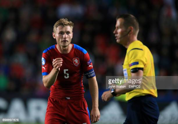 Czech Republic's Jakub Brabec appeals to referee Danny Makkelie