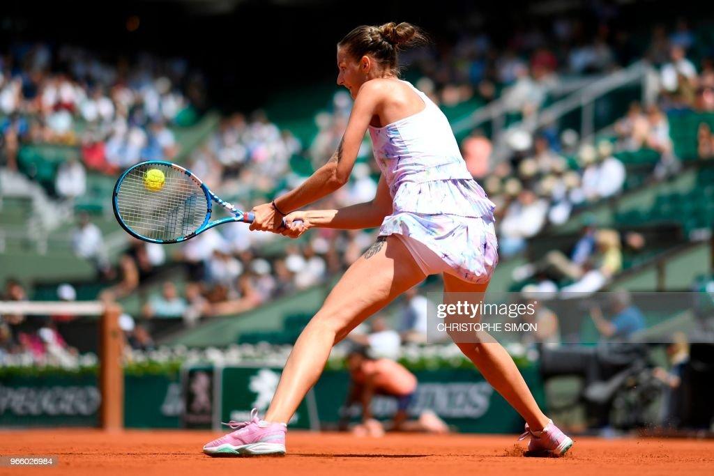 TENNIS-FRA-OPEN-WOMEN : News Photo