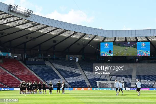 Czech Republic's players attend an MD-1 training session at Hampden Park in Glasgow on June 13 on the eve of their UEFA EURO 2020 Group D football...