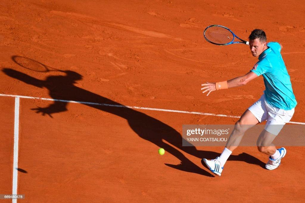 TENNIS-OPEN-MON : News Photo