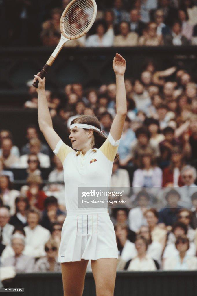 Hana Mandlikova At 1981 Wimbledon Championships : News Photo