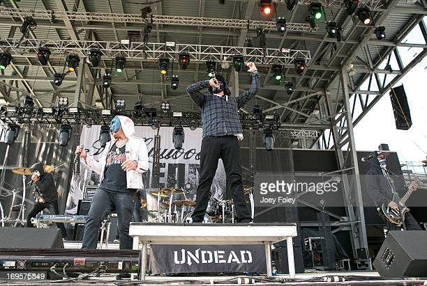 Da Kurlzz Johnny 3 Tears Funny Man and Charlie Scene of Hollywood Undead performs during 2013 Rock On The Range at Columbus Crew Stadium on May 17...