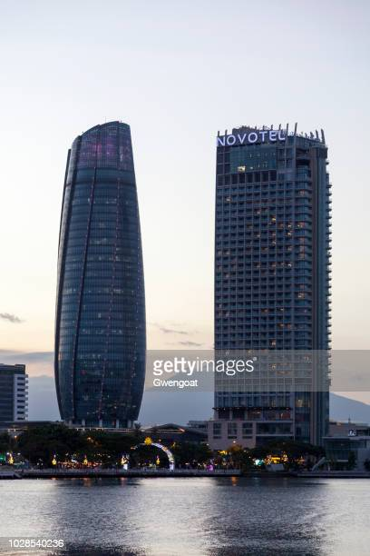 da nang city administrative centre and the novotel - gwengoat stock pictures, royalty-free photos & images