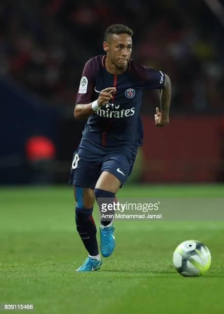 Da Silva Santos Junior Neymar of Paris Saint Geramn in action during France ligue 1 match between Paris Saint Germain v AS SaintEtienne at Parc des...