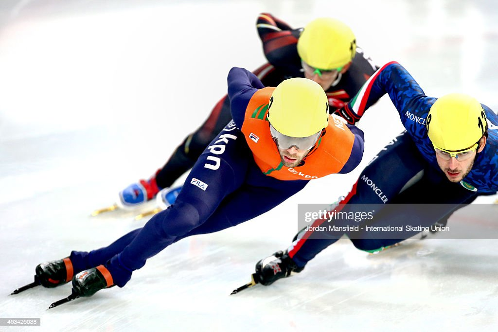 Daan Breeuwsma of the Netherlands leads the pack during the Men's 1500m semi-finals on day one of the ISU World Cup Short Track Speed Skating on February 14, 2015 in Erzurum, Turkey.