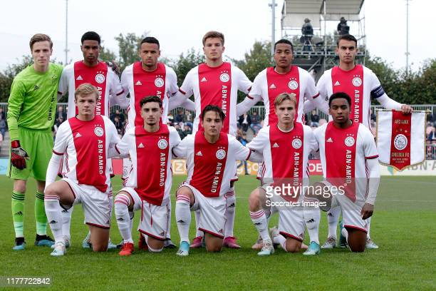 Daan Reiziger of Ajax U19 Filip Frei of Ajax U19 Liam van Gelderen of Ajax U19 Nordin Musampa of Ajax U19 Terence Douglas of Ajax U19 Enric Llansana...