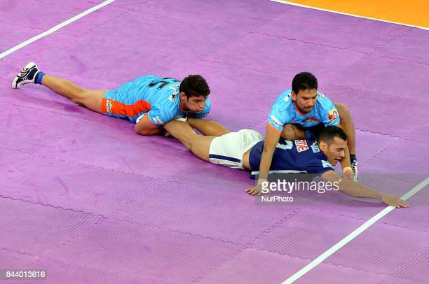 Dabang Delhi Captain Meraj Sheykh in action during Bengal Warriors vs Dabang Delhi at the PRO KABADDI on September 072017 in Kolkata Netaji Indoor...
