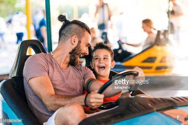 dad is his best friend - traveling carnival stock pictures, royalty-free photos & images