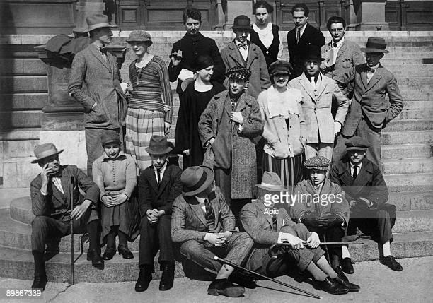 Dadaists constructivists in Weimar september 1922 : Werner Graeff, Cornelis Van Eesteren, Hans Arp, Nelly Van Doesburg, Hans Richter, Tristan Tzara,...