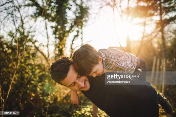 momentos de filho de papai - família de um filho - fotografias e filmes do acervo
