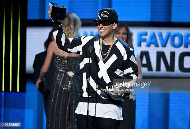 Daddy Yankee accepts the award for 'Favorite Urban Song' onstage during Telemundo's Latin American Music Awards at the Dolby Theatre on October 8...