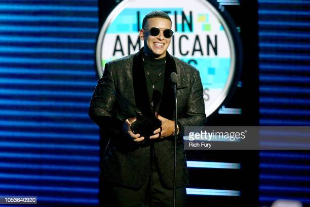 Daddy Yankee accepts the Favorite Male Artist award onstage during the 2018 Latin American Music Awards at Dolby Theatre on October 25 2018 in...