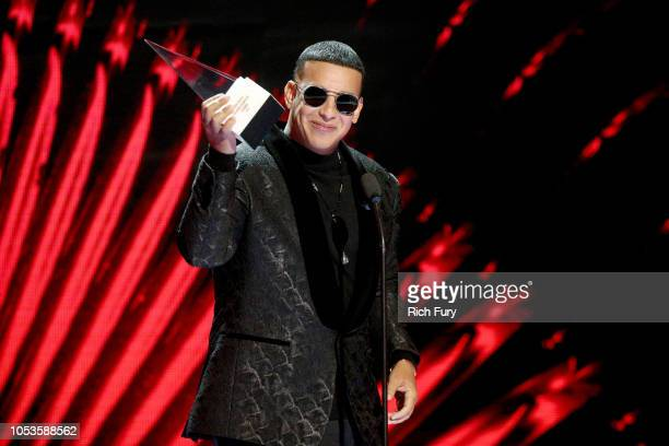 Daddy Yankee accepts the Icon Award onstage during the 2018 Latin American Music Awards at Dolby Theatre on October 25 2018 in Hollywood California