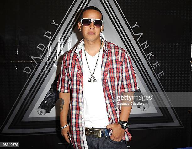 Daddy Yankee greets fans and signs autographs to promote his new record release 'Mundial' on May 9 2010 in Miami Florida