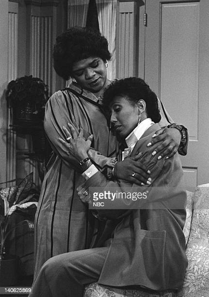 BREAK Daddy's Little Girl Episode 8 Aired 11/17/84 Pictured Nell Carter as Nellie Ruth 'Nell' Harper Telma Hopkins as Addy Wilson Photo by NBCU Photo...
