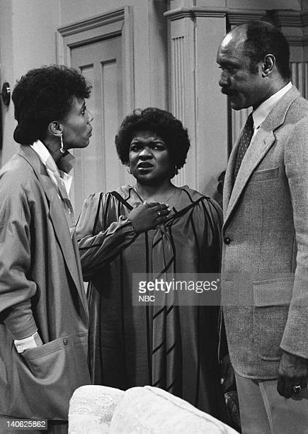 BREAK Daddy's Little Girl Episode 8 Aired 11/17/84 Pictured Telma Hopkins as Addy Wilson Nell Carter as Nellie Ruth 'Nell' Harper JA Preston as...