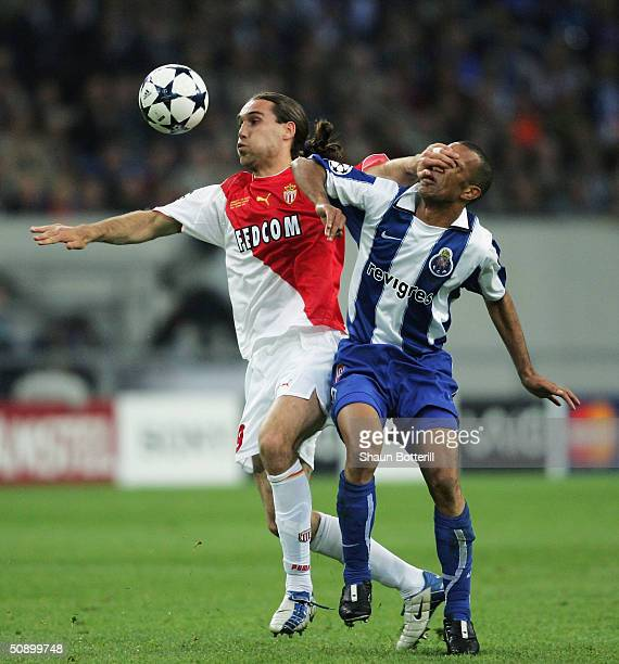 Dado Prso of Monaco battles with Costinha of FC Porto during the UEFA Champions League Final match between AS Monaco and FC Porto at the AufSchake...