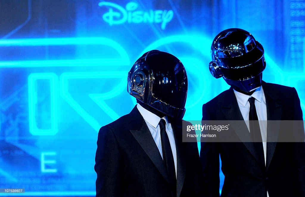 "World Premiere Of Walt Disney's ""TRON: Legacy"" - Arrivals"