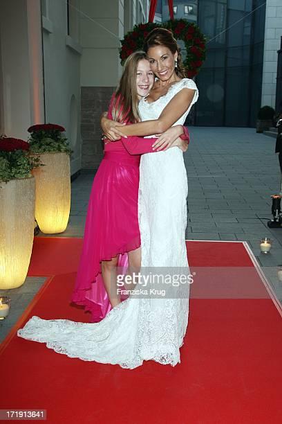 Dagmar Siegel Und Tochter Alana Bei Ihrer Hochzeit Mit K Kögel In BadenBaden