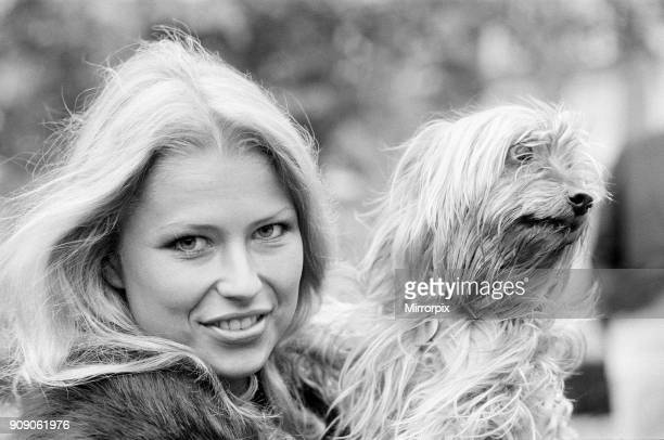 Dagmar Winkler, Miss Germany, Miss World Contestant, Photo-call at the Britannia Hotel, Grosvenor Square, London, 30th October 1977. Pictured with...