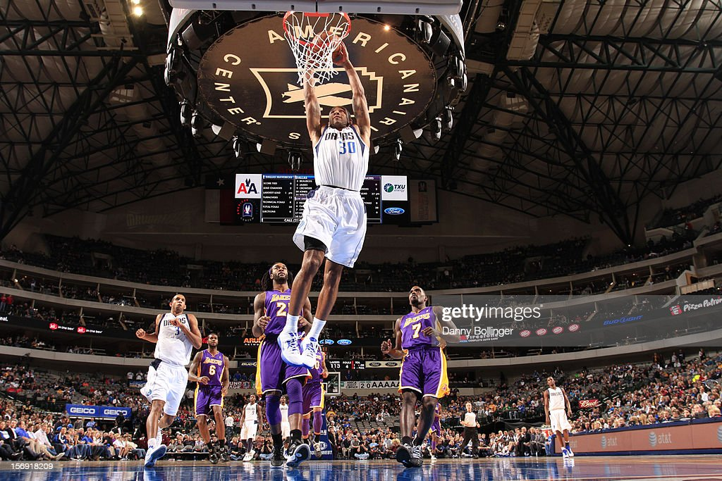 Los Angeles Lakers v Dallas Mavericks : News Photo