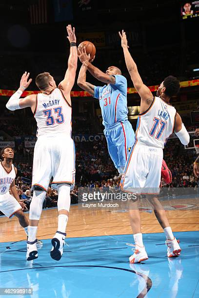 Dahntay Jones of the Los Angeles Clippers goes for the basket against the Oklahoma City Thunder during the game on February 8 2015 at Chesapeake...